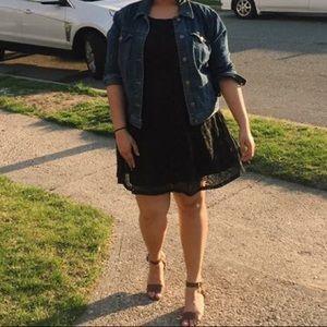 Dresses & Skirts - 🖤BLACK LACY DRESS✨